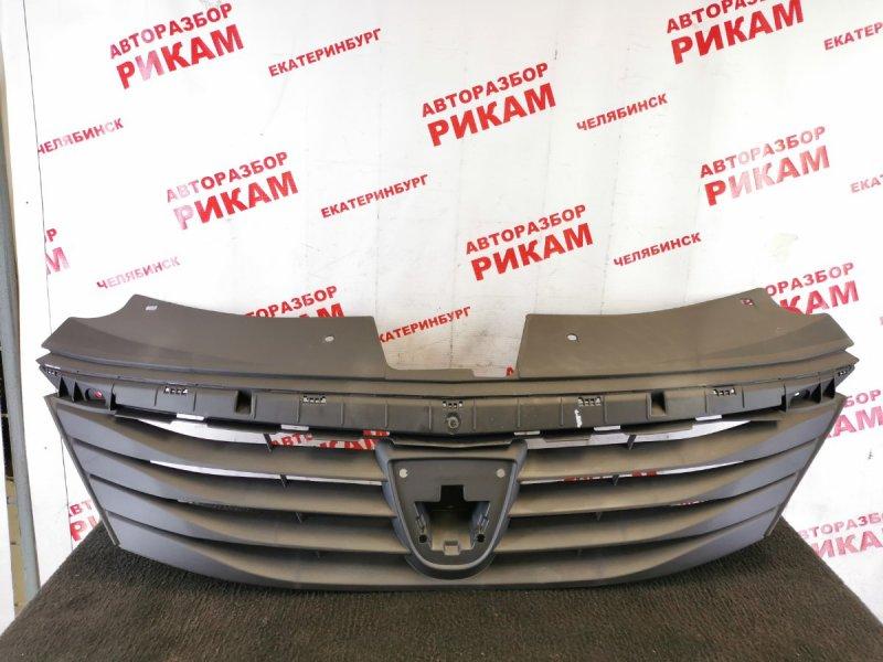 Решетка радиатора Dacia Logan LS 2009