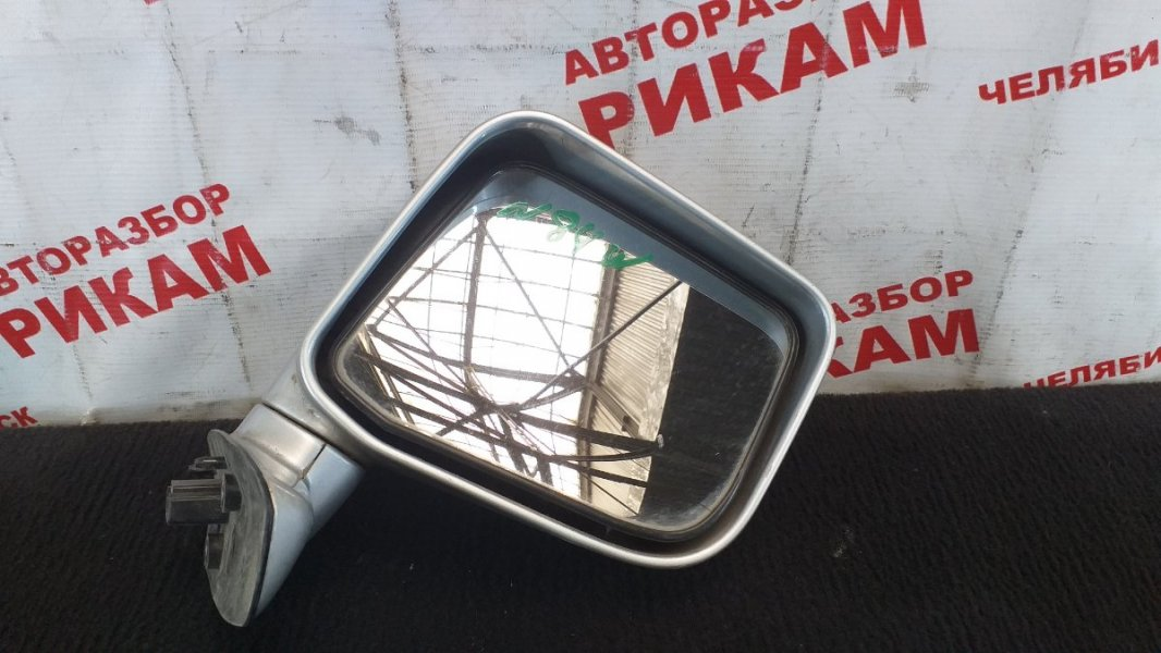 Зеркало Mitsubishi Chariot N84W правое