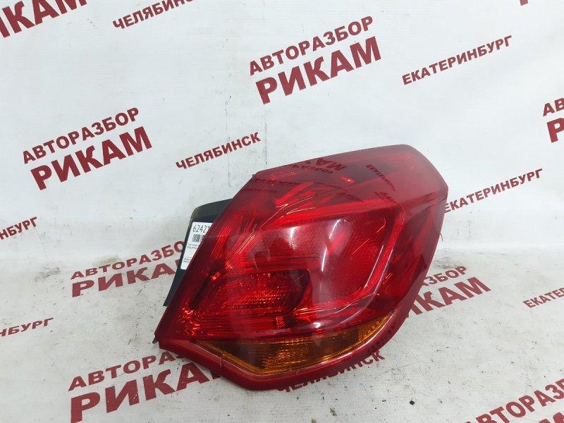 Стоп-сигнал Opel Astra J P10 A14NET 2012 задний правый
