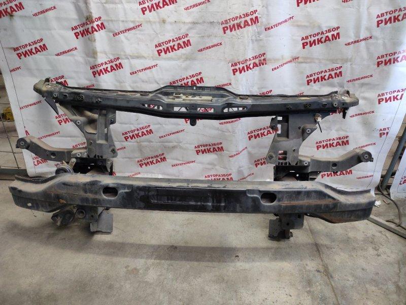 Рамка радиатора Mercedes-Benz Viano W639 M112.951 2004