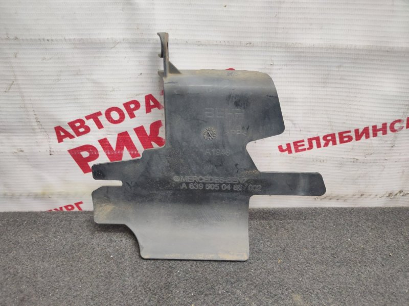 Дефлектор радиатора Mercedes-Benz Viano W639 M112.951 2004