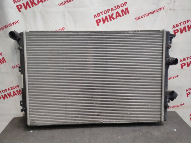 Радиатор охлаждения Volkswagen Tiguan 5N2 CAW