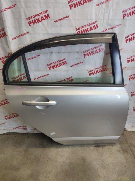 Дверь Honda Civic FD1 R18A задняя правая