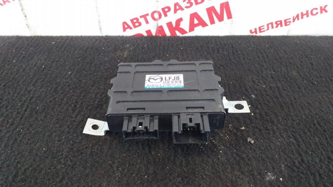 Блок управления Mazda Atenza GGEP LF-VE 2005