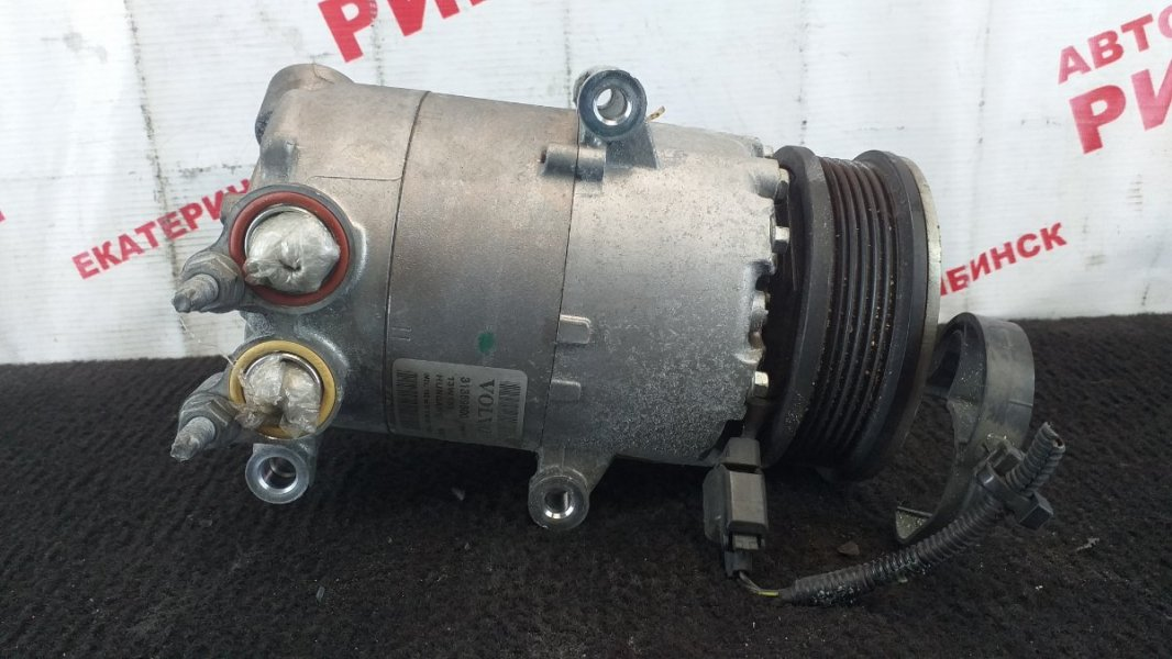 Компрессор кондиционера Volvo V60 FW48 B4164T 2013