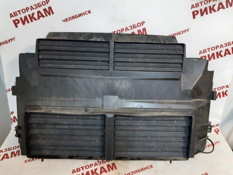 Дефлектор радиатора Ford Focus 3 CB8 PNDA 2011