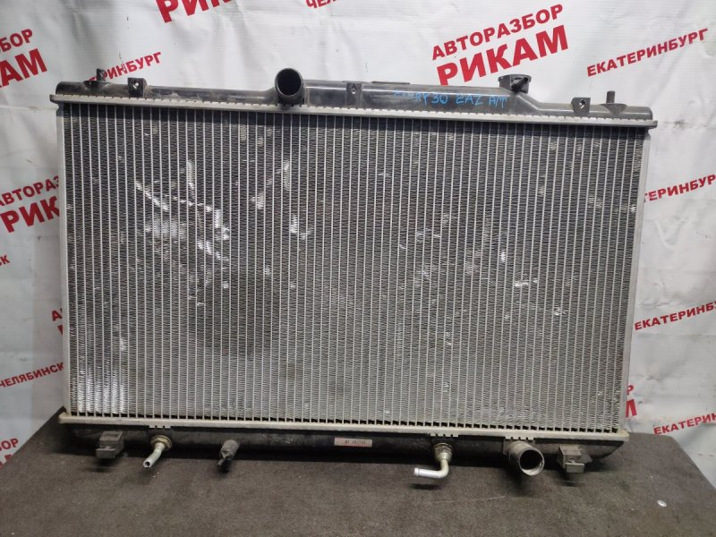 Радиатор охлаждения Toyota Camry ACV30 2AZ-FE 2003