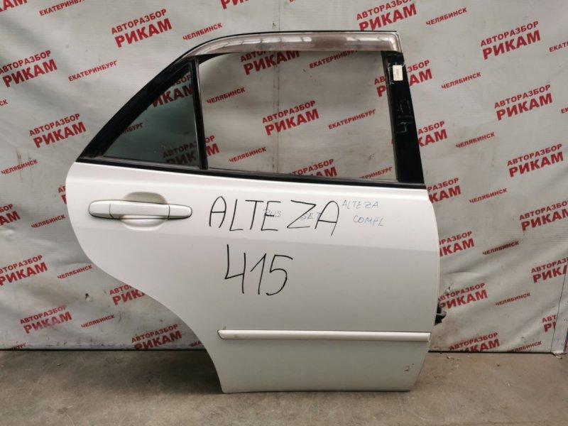 Дверь Toyota Altezza SXE10 задняя правая
