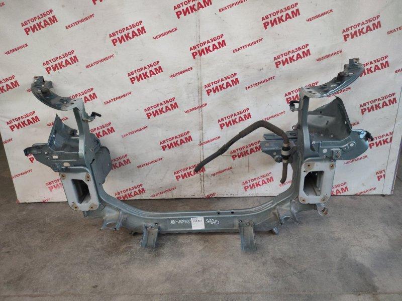 Рамка радиатора Mitsubishi Outlander Xl CW5W 4B12 2009
