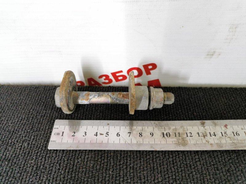 Болт развальный Toyota Opa ACT15 задний