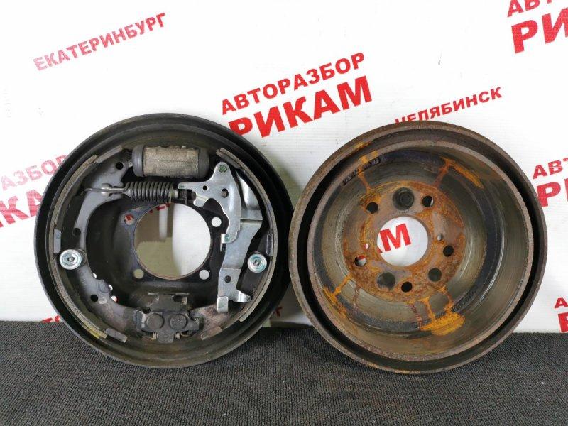 Щит тормозной Toyota Gaia SXM10 3S-FE 1998 задний левый