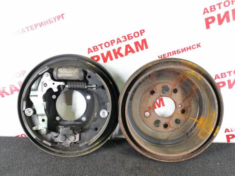 Щит тормозной Toyota Gaia SXM10 3S-FE 1998 задний правый