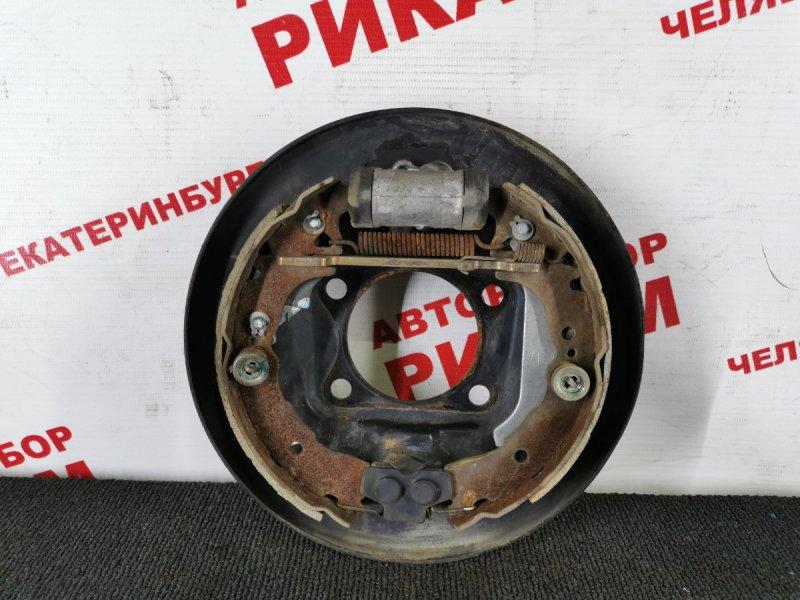 Щит тормозной Toyota Vitz SCP10 1SZ-FE задний левый