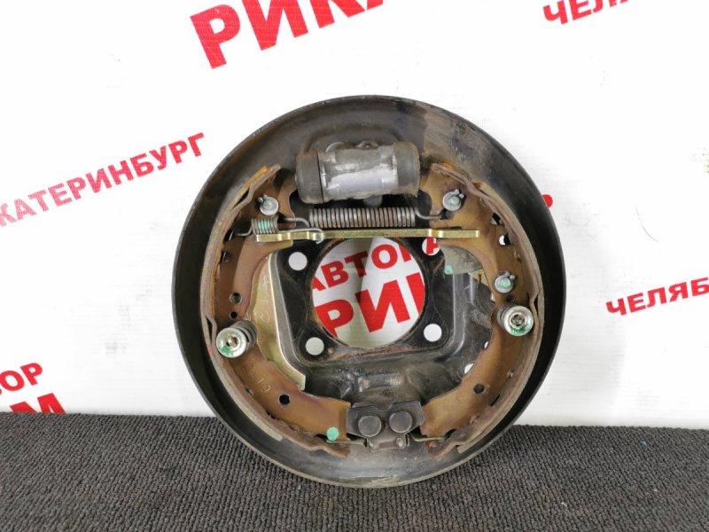 Щит тормозной Toyota Vitz SCP10 1SZ-FE задний правый