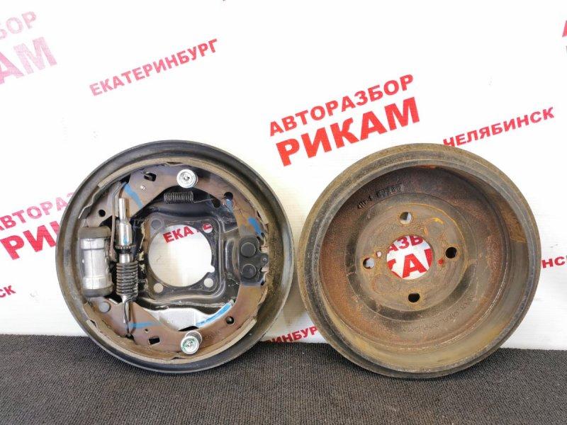 Щит тормозной Toyota Probox NCP50 2NZ-FE 2006 задний правый