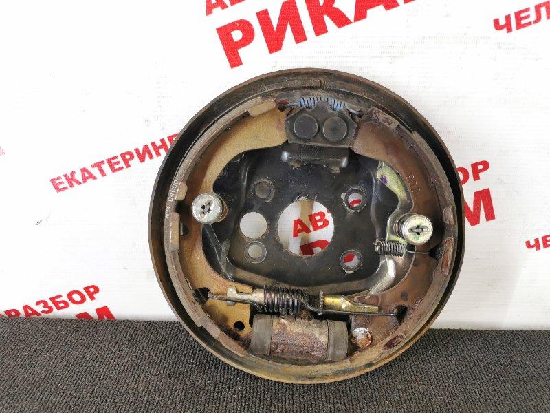 Щит тормозной Nissan Primera P11 задний правый