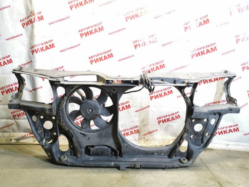 Рамка радиатора Volkswagen Passat B5 3B2 передняя