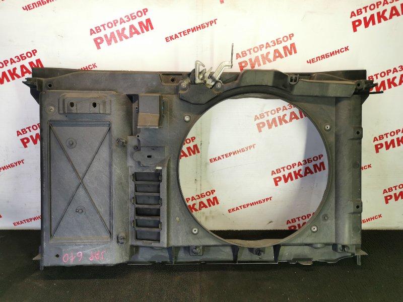 Рамка радиатора Peugeot 308 4A 10FHBV 2010