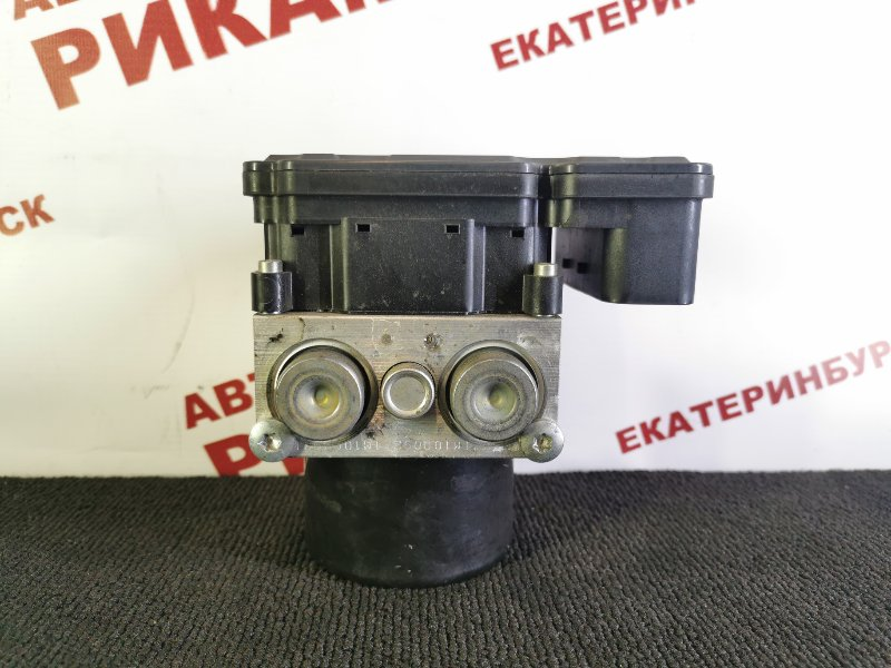 Блок abs Honda Accord CU2 K24Z3 2012
