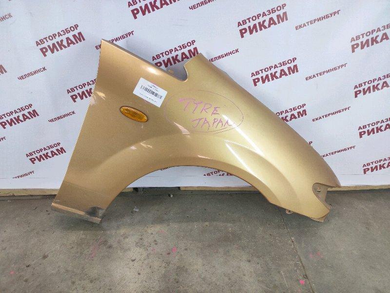 Крыло Mazda Premacy CP8W FP 1999 переднее правое