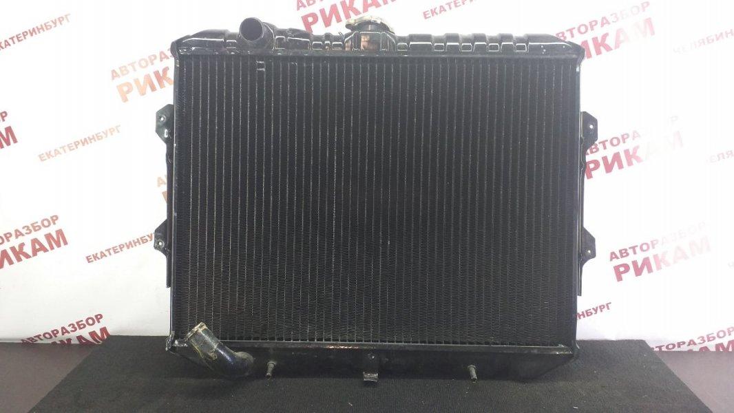 Радиатор охлаждения Mitsubishi Pajero L146GW 6G72 1990