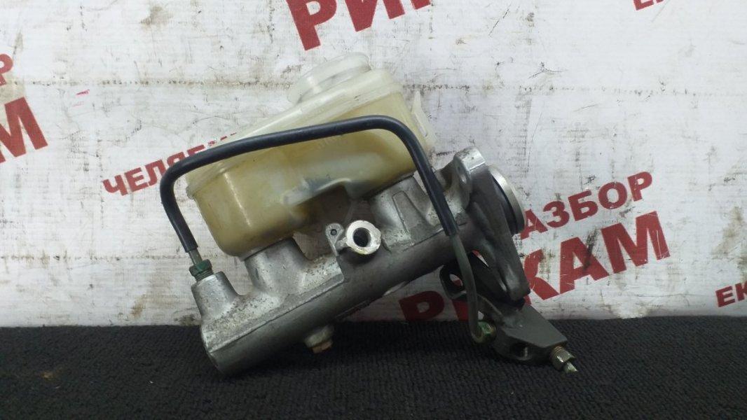 Главный тормозной цилиндр Toyota Camry SXV10 5S-FE 1997