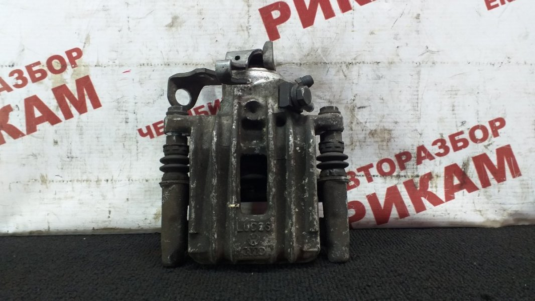 Суппорт тормозной Skoda Rapid NH1 CAX 2015 задний правый
