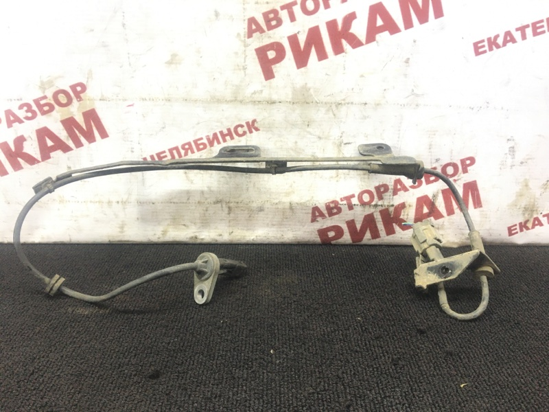 Датчик abs Nissan Bluebird Sylphy FG10 QG15DE 2003 задний правый