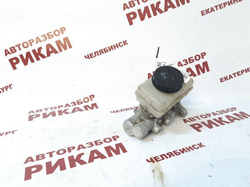 Главный тормозной цилиндр Nissan Terrano TR50