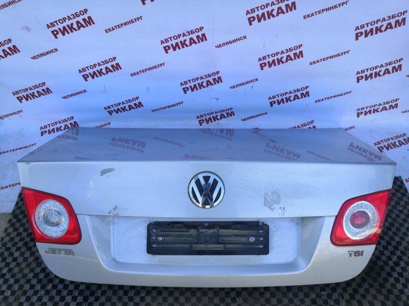 Крышка багажника Volkswagen Jetta 1K2 CAVD 2010