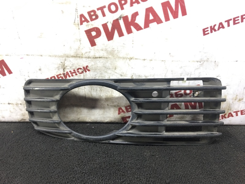 Накладка бампера Mitsubishi Galant EA1A передняя правая