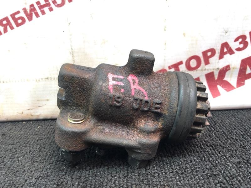 Рабочий тормозной цилиндр Nissan Diesel MK212 FE6 передний правый