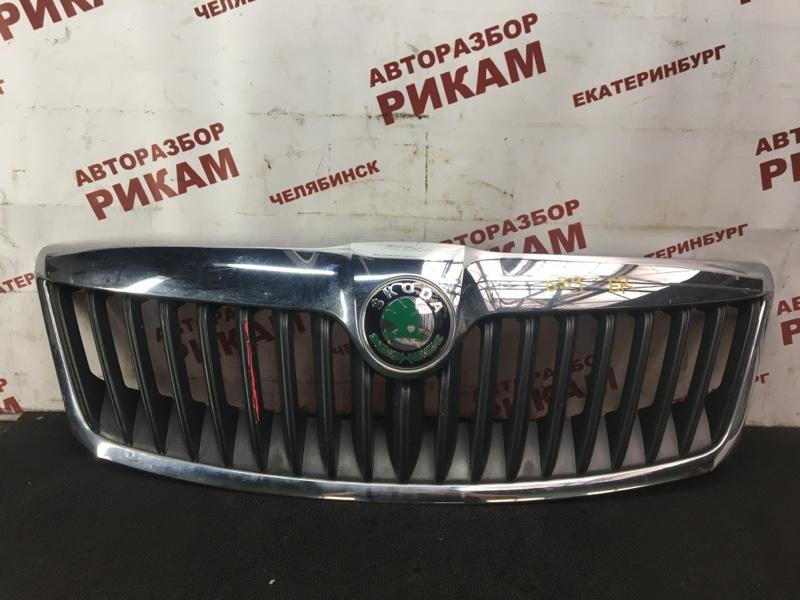 Решетка радиатора Skoda Octavia A5 1Z5 CAXA 2012