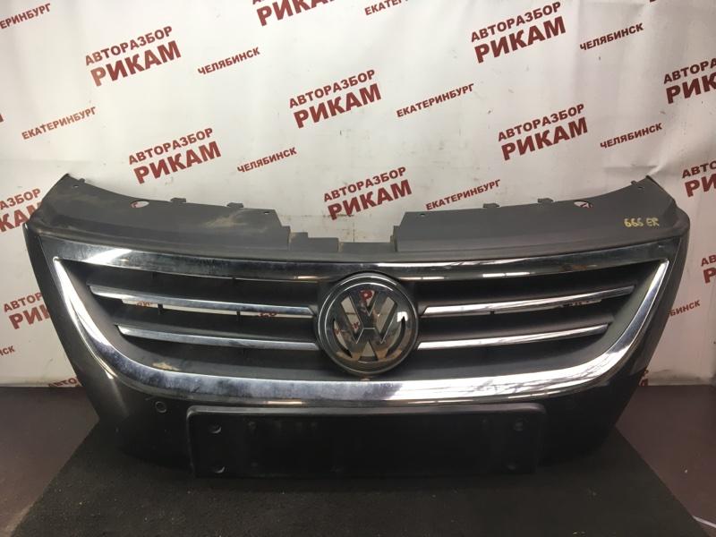 Решетка радиатора Volkswagen Passat Cc 358 CBBB 2010