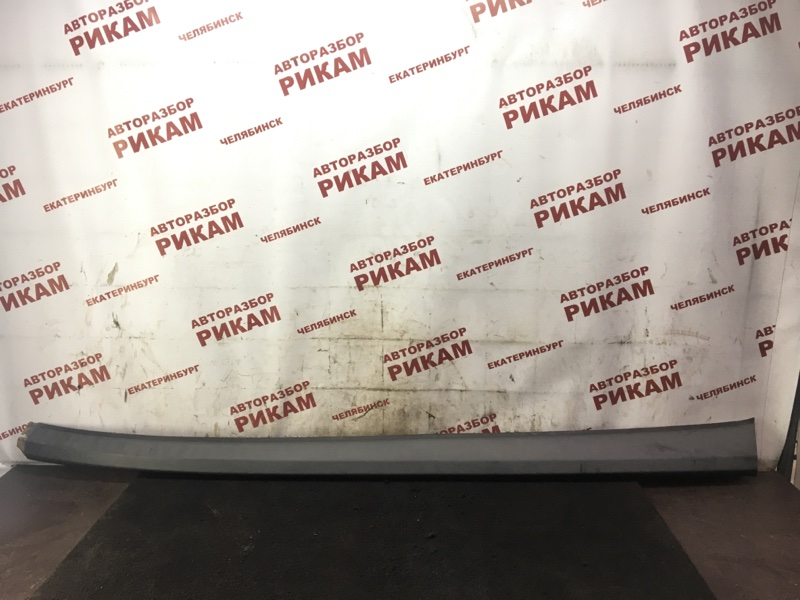 Накладка кузова Dodge Caliber PM ECN 2011 правая
