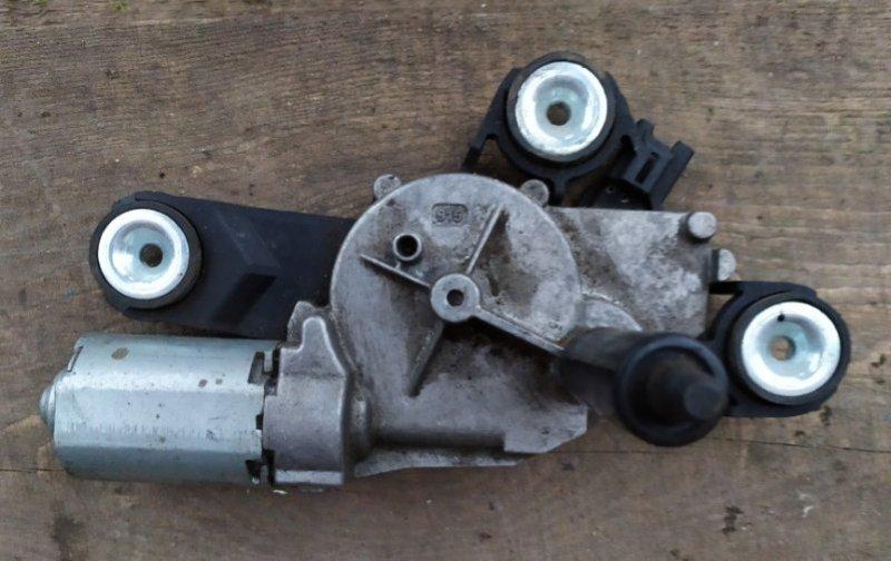 Мотор стеклоочистителя Ford Focus 3 2011-2014 1.6L 2012 задний (б/у)