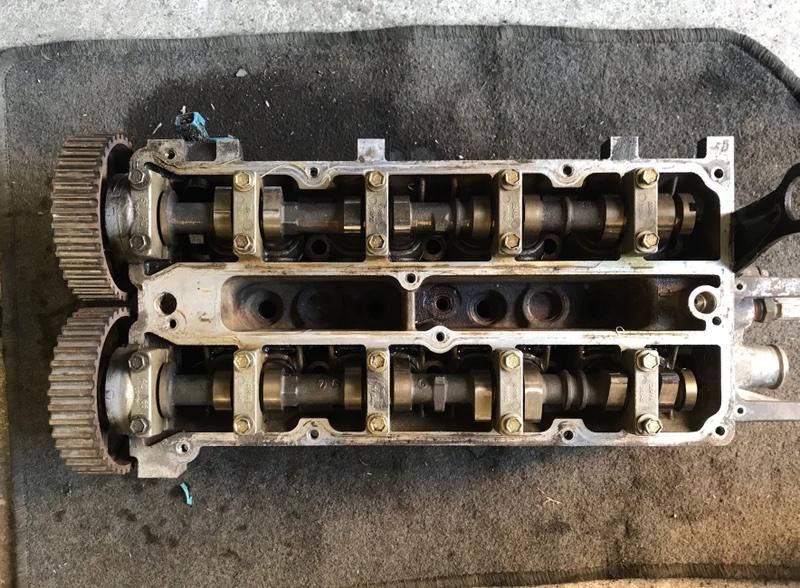 Головка блока цилиндров Ford Focus 2 2005-2007 1.6L 2007 (б/у)