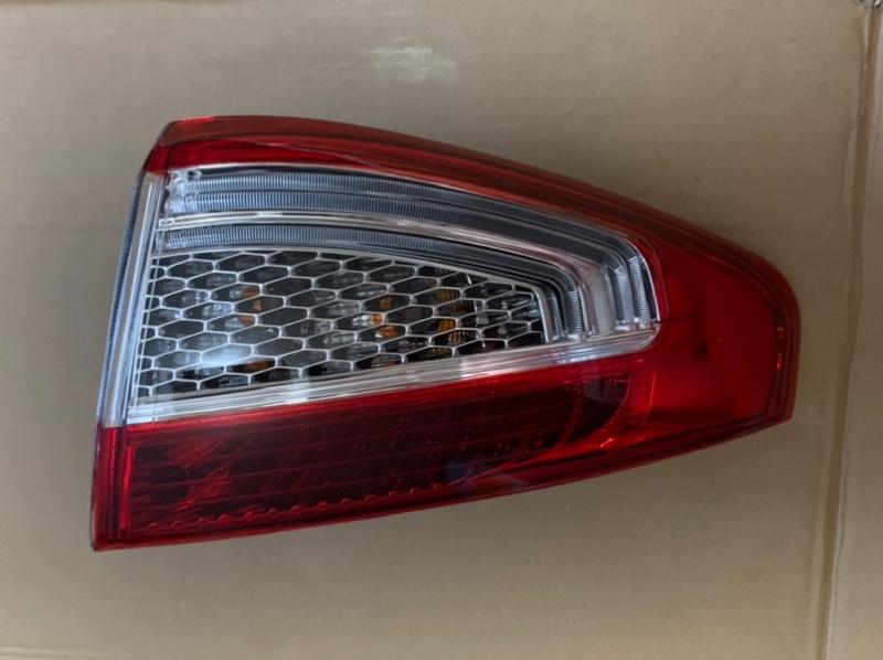 Фонарь Ford Mondeo 4 2010-2014 задний правый