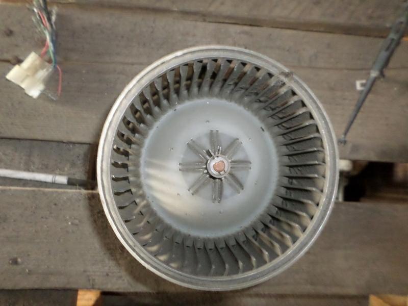 Мотор печки Toyota Gaia SXM10 (б/у)