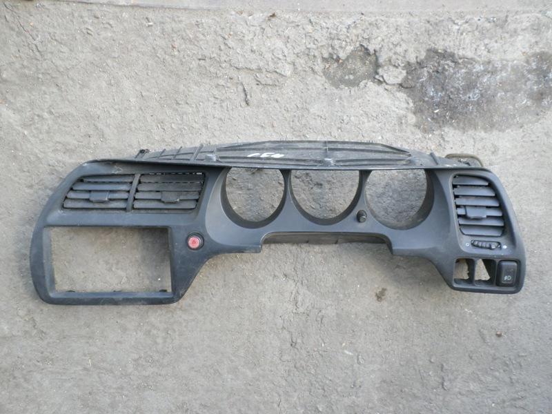 Консоль магнитофона Honda Accord CF4 (б/у)