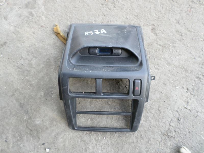 Консоль магнитофона Mitsubishi Pajero Mini H58A (б/у)