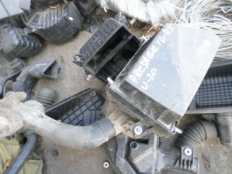 Корпус воздушного фильтра Nissan Presage U30 YD25 (б/у)