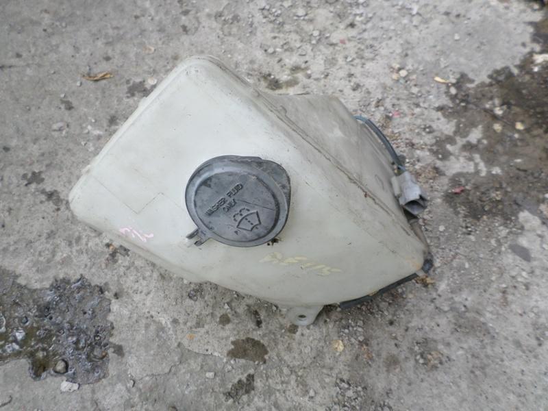 Бачок стеклоомывателя Toyota Carib AE115 (б/у)
