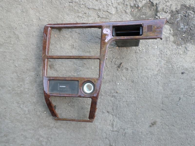 Консоль магнитофона Toyota Mark Ii GX100 (б/у)