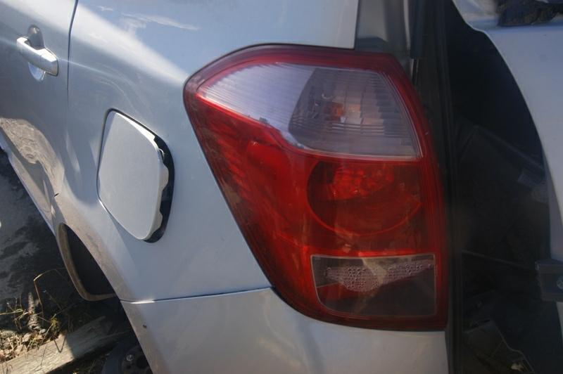 Стоп-сигнал Toyota Ractis NCP100 1NZFE левый (б/у)