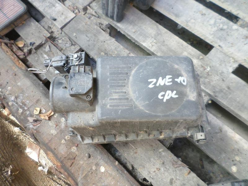 Корпус воздушного фильтра Toyota Wish ZNE10 1ZZFFAT (б/у)