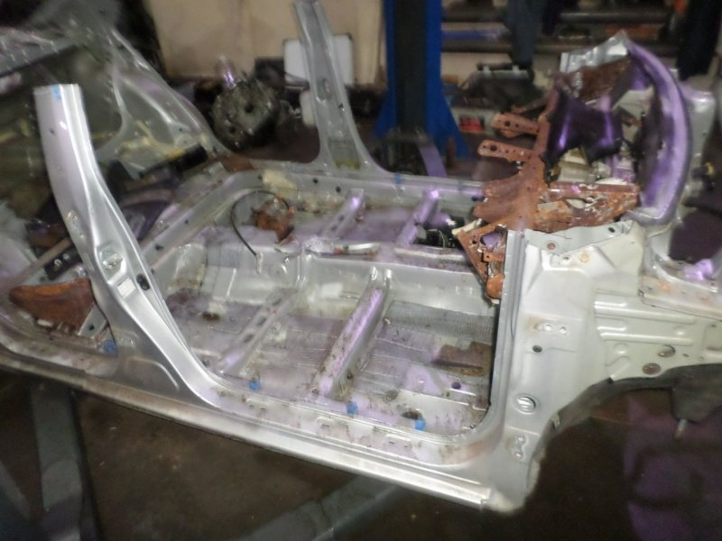 Стойка кузова Toyota Allion ZRT260 правая (б/у)