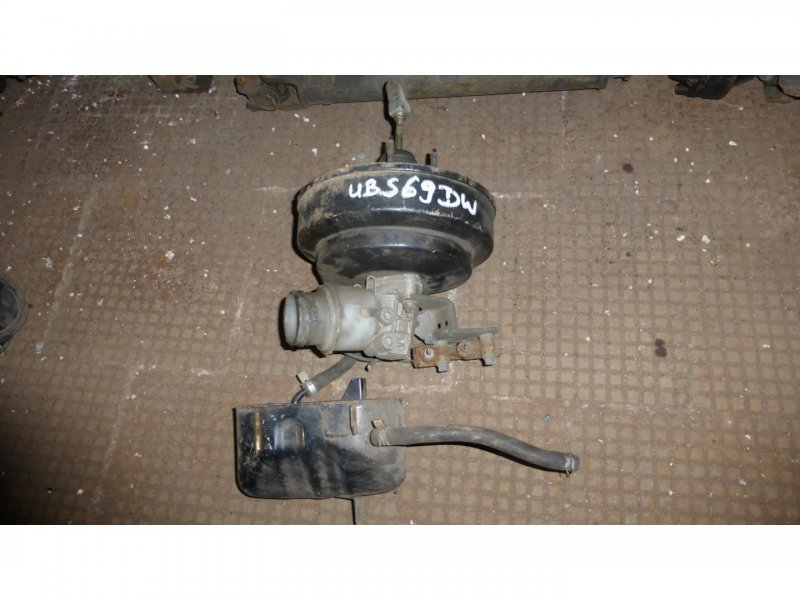 Главный тормозной цилиндр Isuzu Bighorn UBS69 (б/у)