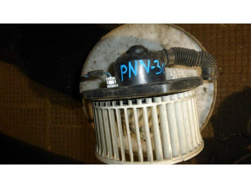 Мотор печки Nissan Rnessa PNN30 (б/у)