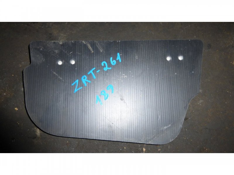 Пол багажника пластик Toyota Allion ZRT261 левый (б/у)